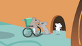 Mouse reunites with family S1E22.png