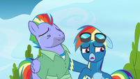 "Rainbow Dash ""we're in public"" S7E7"