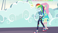 Rainbow Dash walking unevenly EGROF