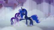 S06E25 Luna kładzie kopyto na Starlight