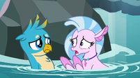 Silverstream -they must all be captured!- S8E22