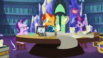 Sunburst sees antique teaspoon in Starlight's aura S7E24