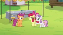"Sweetie Belle ""got a cutie mark on the first day!"" S7E21"