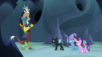 Thorax --we gotta find the throne-- S6E26