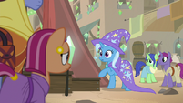 Trixie is caught stepping on stage S8E19