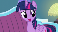 Twilight thanks Spike for taking care of the dishes S5E12