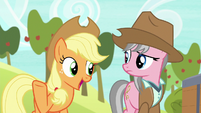 "Applejack ""well, she's the boss"" S7E5"