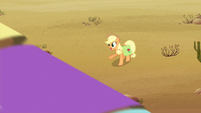 Applejack happy S2E14