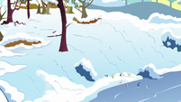 Final shot of Ponyville in winter S5E5