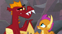 Garble and Smolder look at each other S9E9