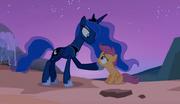 Princesa Luna dando um conselho a Scootaloo