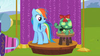 Rainbow Dash won't end well S2E7