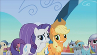 Rarity 'For the traditional crafts booth' S3E2
