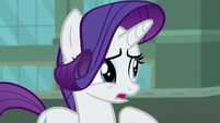 Rarity apologizes to street merchant S5E16