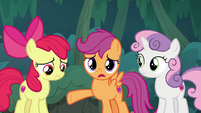 """Scootaloo """"helping Sugar Belle with her plan"""" S9E23"""