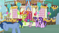 Thorax thanks Spike for the invitation S7E15