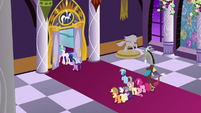 Twilight, Celestia, and Luna enter throne room S9E17