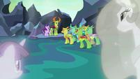 Twilight and Celestia watch Starlight's friendship class S7E1