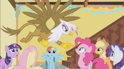 640px-Gilda pointing at Pinkie S1E5