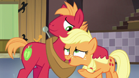 "Applejack ""whether it's me runnin' Sweet Apple Acres"" S6E23"