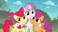 Cutie Mark Crusaders looking at Terramar S8E6