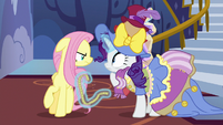 Fluttershy glares angrily at Rarity S7E14