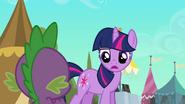 S03E02 Twilight nie pozwala Spike'owi iść z nią