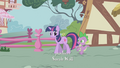 Spike amazed by Twilight's magic S1E06.png