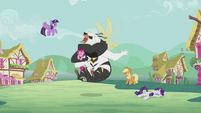 Twilight and friends fighting the bugbear S5E9