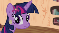 Twilight looking back to CMC S4E15