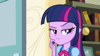 Twilight pensando profundamente EG