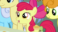 Apple Bloom introduces herself to Grand Pear S7E13