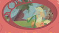 Applejack misuses the hose S1E08.png