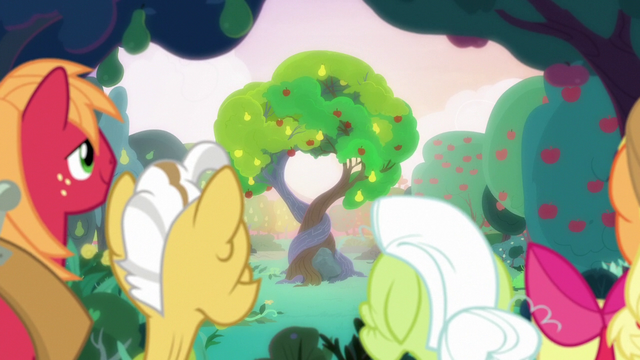 File:Bright Mac and Pear Butter's tree of love S7E13.png