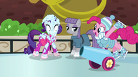 Party cannon --skating-- to Pinkie Pie S6E3