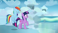Sky Stinger speeds away from Twilight and Rainbow S6E24