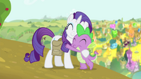 Spike hugging Rarity S4E23