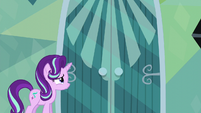 Starlight Glimmer waiting for an answer S6E1