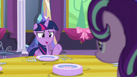 Twilight --Always be careful with knives-- S06E06