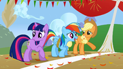 Twilight Rainbow e Applejack prontas S1E13