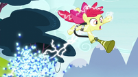 Twittermites zap Apple Bloom again S5E4