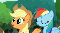Applejack -we're agreein' already- S8E9