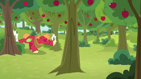 Big Mac bucking two trees at once S9E10