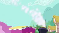 Friendship Express chimney billowing smoke S7E2