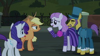 Neighbor Pony -didn't think anything I'd have time- S5E16