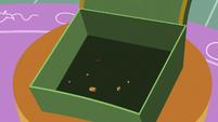 Pinkie Pie's empty cookie box S6E15