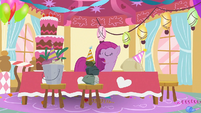 Pinkie Pie 'spending time with my real friends' S1E25