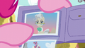 Pinkie points at photo of Mayor Mare S6E11.png