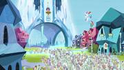 Rainbow Dash abraçando a potrinha de Cristal T03E12