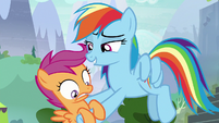 Rainbow picking up Scootaloo again S8E20